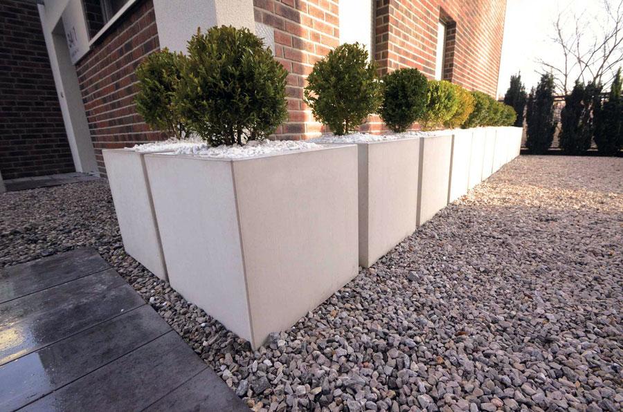 betondesign n hmer beton kies splitt steinkorb. Black Bedroom Furniture Sets. Home Design Ideas